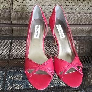 Brand new Steve Madden Deedrah heels